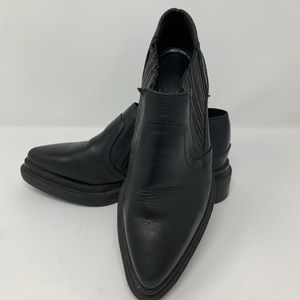 Zara Woman black leather cowboy ankle bootie